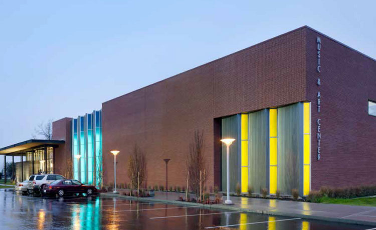 Fig. i-2 Modern masonry veneer structure, Wenatchee Valley College Music and Art Center, constructed in 2012.